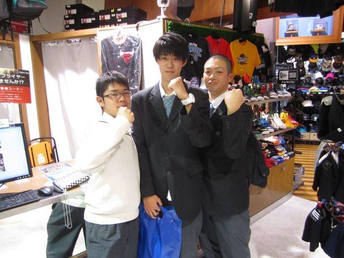 【大阪店】2014.11.27 宮城県から来ていただきました☆バスケ大好き3人組です\(^o^)/最後まで大阪を楽しんで下さいねっ!スナップご協力ありがとうございます。