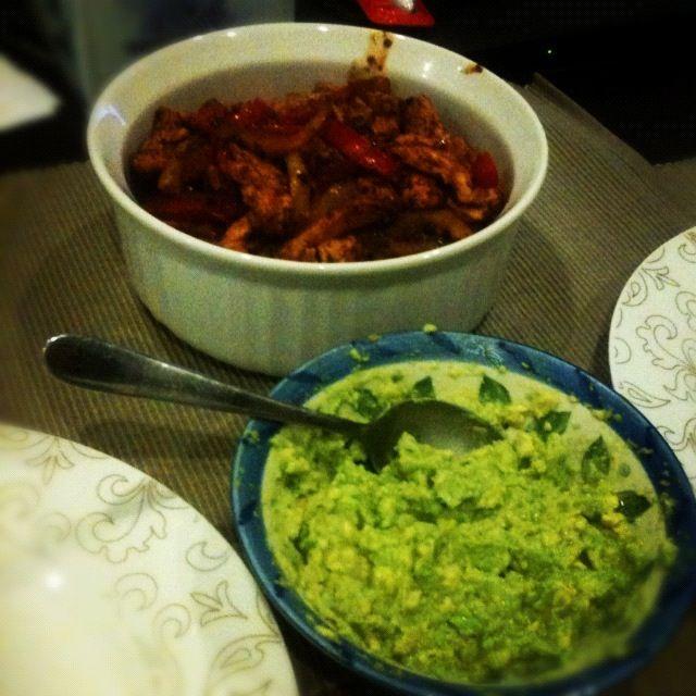 Fajitas with homemade guacamole