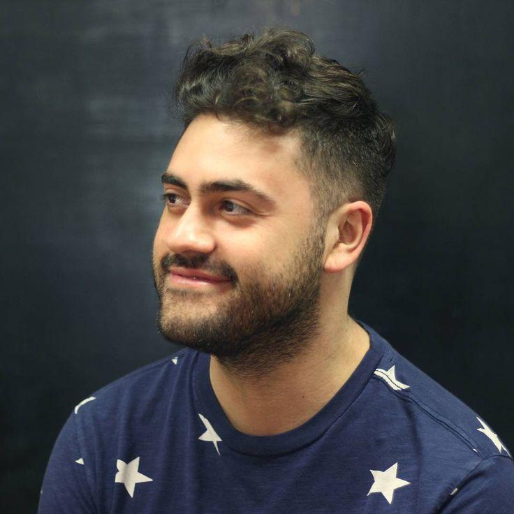 Peluquería para hombres... Y algunas mujeres. Villavicencio 323 piso 2, Barrio Lastarria. Stgo-Chile Tel.02-26329756 Mar.10-19hrs a Sáb.10-17hrs #hairstyle #menhairstyle #barbershop #barberia #scl #lastarria #bobstdo