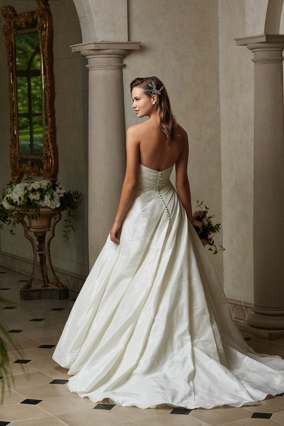 10 best wtoo by watters images on pinterest wedding for Simply elegant wedding dresses