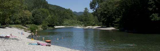 Cevennes de Provence Mooie camping met enorm veel natuurzwemgelegenheid. tarief: 52 euro p/n echt mooi!!! Erg zuidelijk..