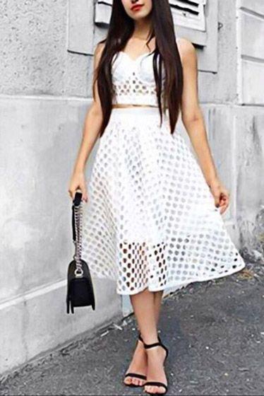 Compre Conjunto De Saia E Cropped De Croche Preto Branco | UFashionShop