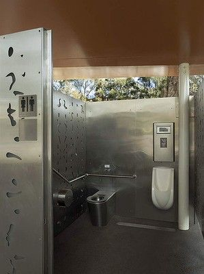 Bourke Street Toilets In Woolloomooloo, By Chris Elliott ... Offentliche Toilette Park Landschaft