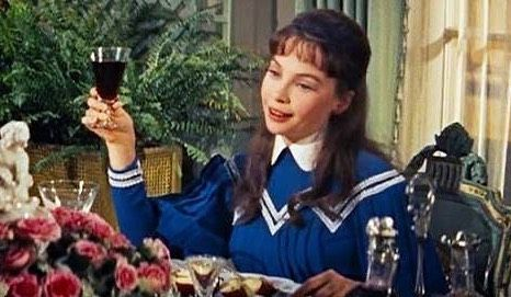 TGIF! Leslie Caron in Gigi (1958) #gigi #tgif #movie #lesliecaron #louisjourdan #costume #historicalromance #cecilbeaton #musical #wine #periodromance #regencyromp #friday #friyay #perioddrama #paris