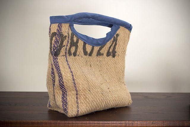 Best 25 burlap bags ideas on pinterest diy it bag for Burlap sack decor