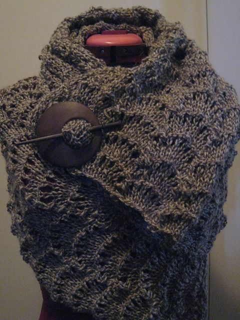 Pattern free of charge/Ravelry.