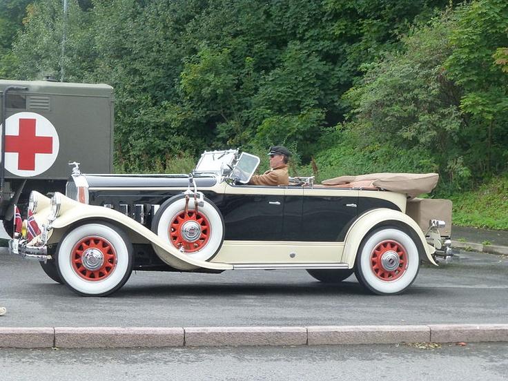 1930 Pierce Arrow 4 Seater Touring Antique Cars Diecast Cars Hybrid Car