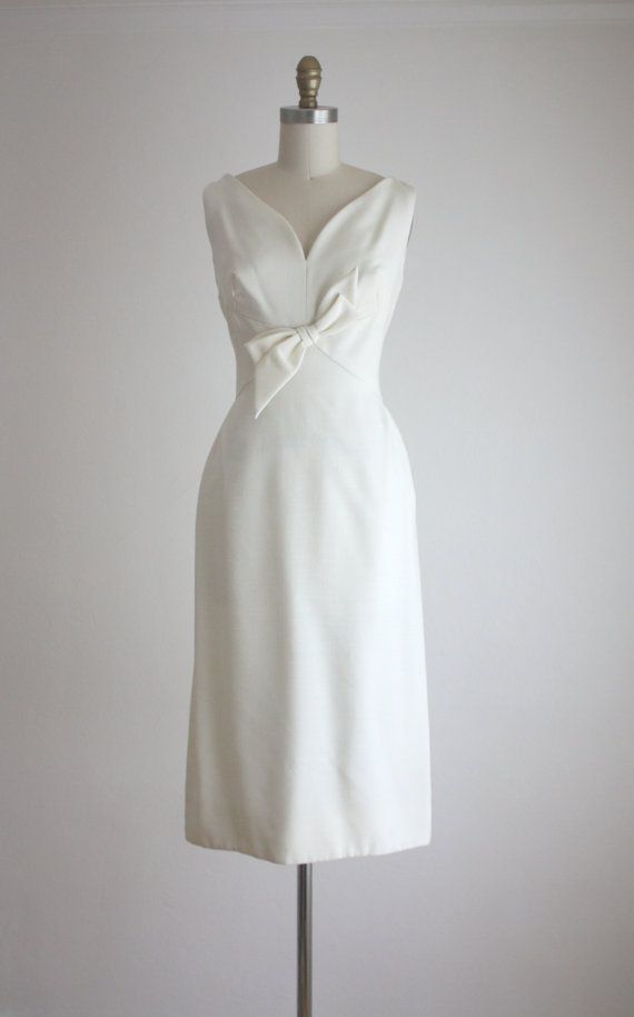 """Wedding Bells For Beatrice"" - Betty Neels. Miss Fish the local seamstress makes Beatrice's MOC dress. 1960's Sculptured Linen Dress"