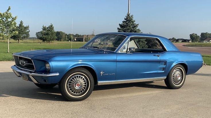 1967 Ford Mustang Sports Sprint | F228 | Chicago 2019 - Borgward Isabella