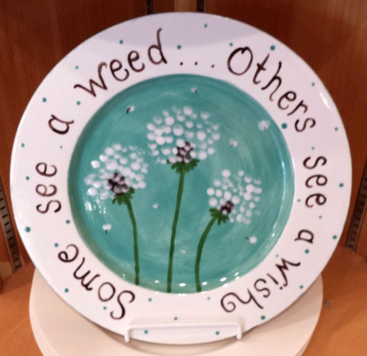 Dandelion fingerprint plate painted by staff at Color Me Mine Lehigh Valley PA