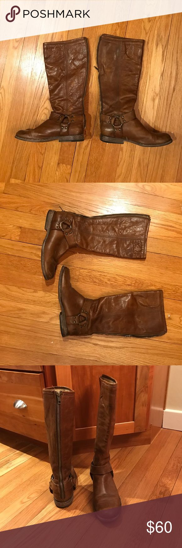 Frye Phillip Harness Boot size 7 Very cute boots! Zipper on the left boot is broken but definitely could be fixed. Don't fit me anymore or else I would've gone right to the cobbler. Frye Shoes