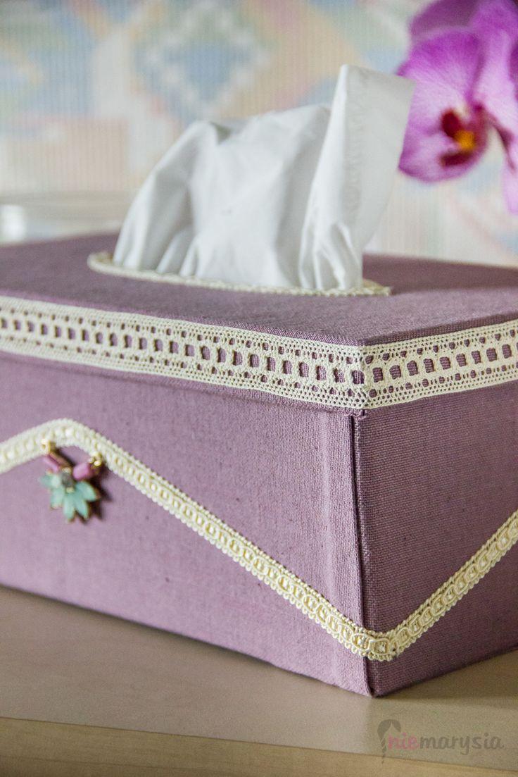 chustecznik :) z pudełka po butach i ścierki
