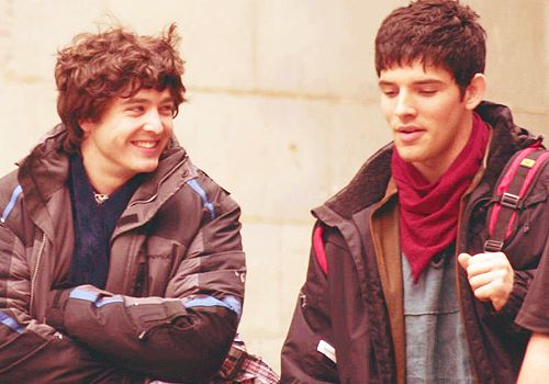 Mordred and Merlin on set... It kind of freaks me out seeing them friendly :) at the same time i like it