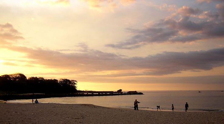 objek wisata garut pantai sentolo saat lebaran