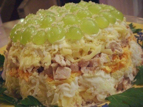 Лучшие кулинарные рецепты: Салат слоеный с курицей
