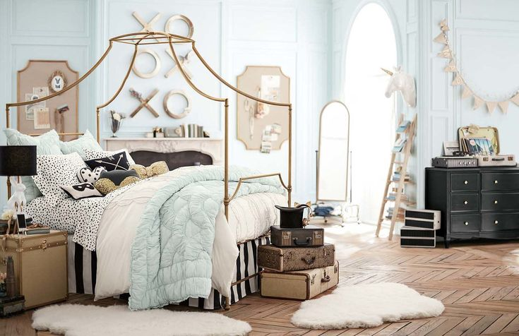 Emily & Meritt Collection at Pottery Barn Teen