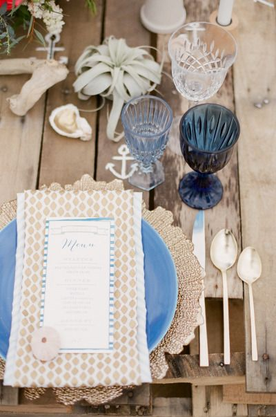 Beach table setting: http://www.stylemepretty.com/2014/07/24/new-england-nautical-meets-west-coast-whimsical-inspiration/ | Photography: Ruth Eileen - http://rutheileenphotography.com/