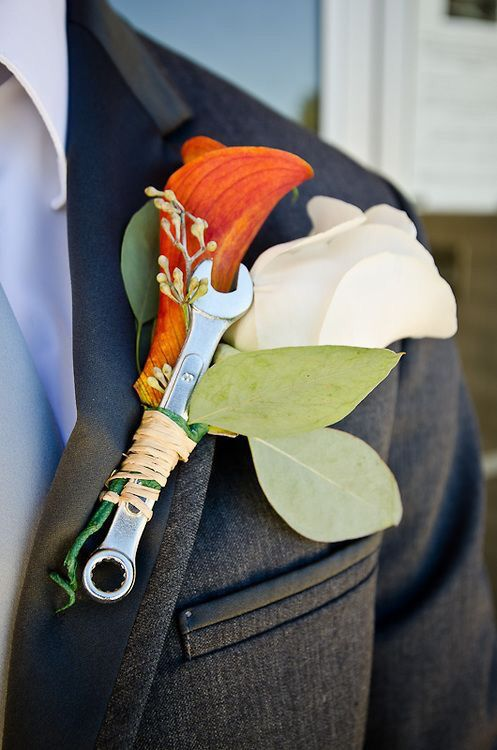 Wrench boutonniere