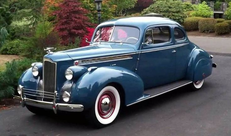 1940 Packard 120 Coupé