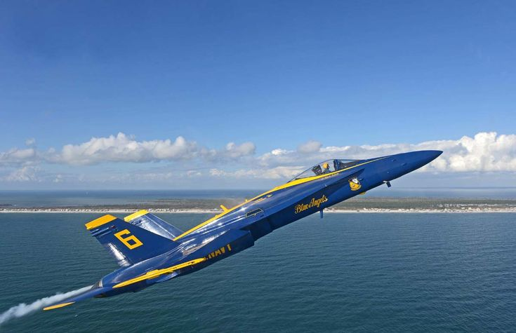 Blue Angels 14 - FA-18 Hornet
