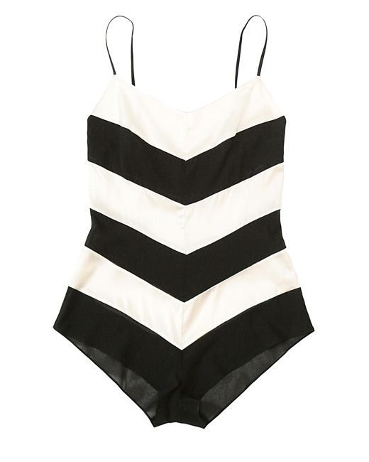 Vintage Swimsuits, Summer Style, Black And White, Black White, Bath Suits, Barbie Swimsuits, One Piece, Style Fashion, Chevron Stripes