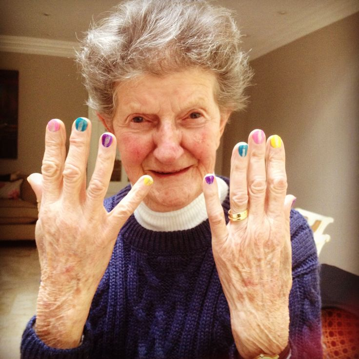 granny gets here nails did!