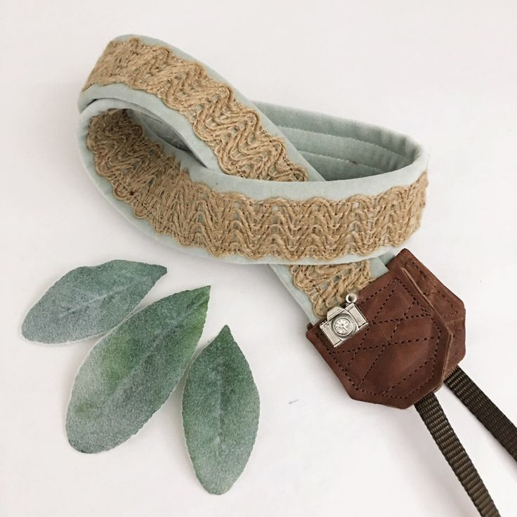 Burlap Lace Strap Handmade camera strap DSLR professional photographer photography tips velvet leather