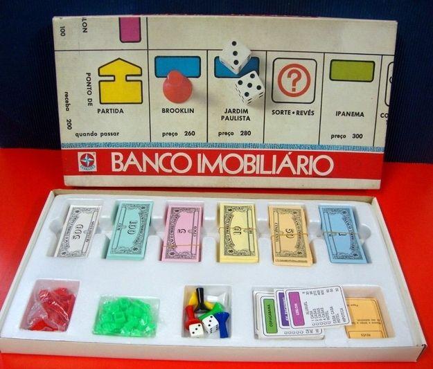 Banco Imobiliário   60 brinquedos dos anos 80 e 90 que farão você querer inventar uma máquina do tempo