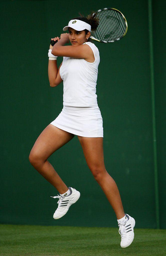 Sexy tennis star sania mirza see sania mirza latest photos sexy