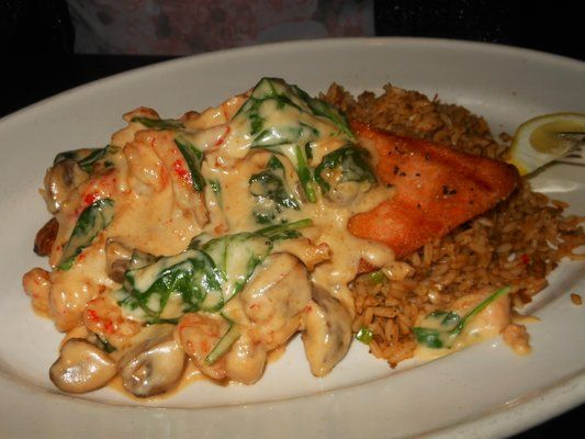 Pappadeaux Yvette Sauce: A creamy Swiss cheese sauce with wine, mushrooms, spinach & shellfish. Perfect for topping fish or chicken.