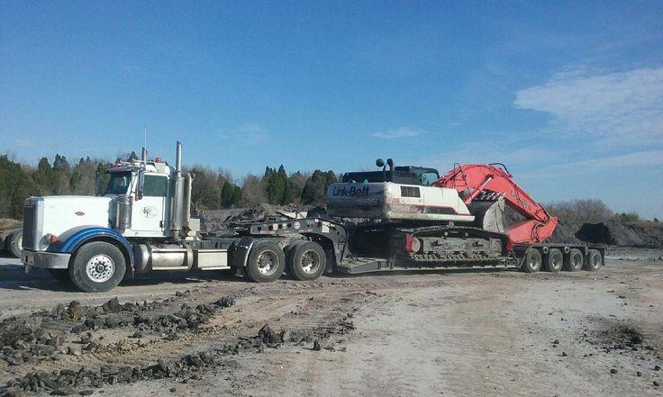 #kingtrucking #hauling #equipment  #heavyhaul #atx #peterbilt #komatsu #excavator #construction #bigiron #largecar #largecarmag #wheelloader #loader #kenworth #lowboy #volvo #siteprep #centraltexas #texas #linkbelt