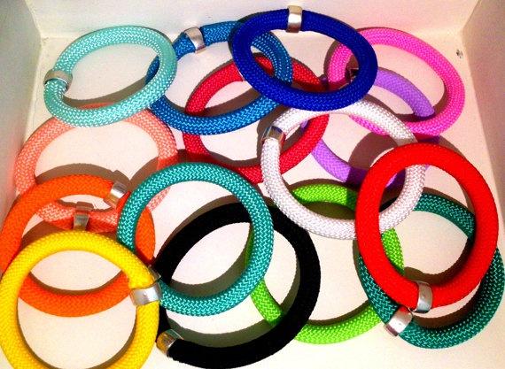 Friendship Bracelet  Beautiful Rope Jewelry by EleannaKatsira, €12.00