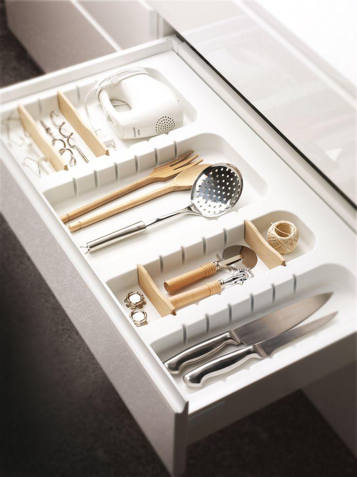 Les 17 meilleures images du tableau am nagement de tiroirs for Range ustensiles cuisine