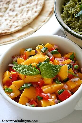 Mango Salsa: Yummy Food, Belle Peppers, Simple Mexicans, Mexicans Food Recipes, Green Peppers, Mango Salsa, Easy Mexicans Food, Mexicans Recipes, Salsa Recipes