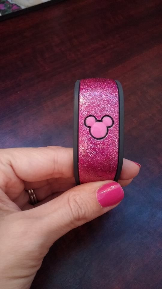 pink glitter - my magic band.