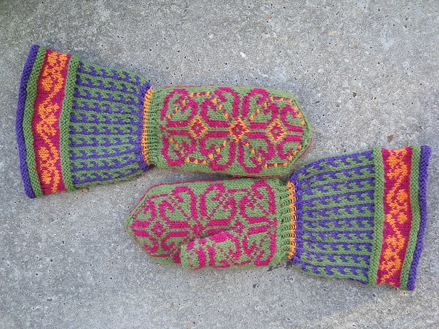 127 best images about *mittens* on Pinterest Intarsia knitting, Free patter...