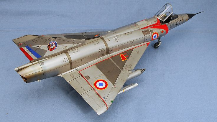 DASSAULT MIRAGE IIIc, FRENCH AIR FORCE FIGHTER, EDUARD, COMPLETED, 1/48, PLASTIC MODEL AIRPLANE KIT