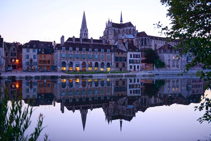 #Auxerre by the river in #Yonne #Burgundy