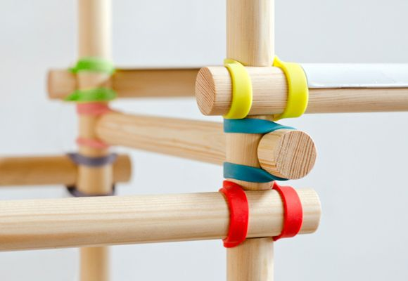 gummitwist :: colorful shelf system for children room