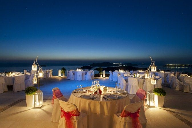 Candlelight #dinner #Santorini #caldera #summervacation