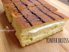Le kinder brioss fatte in casa sono la copia genuina, sana e gustosa, delle famosissime merendine che tutti, almeno una volta, abbiamo mangiato.