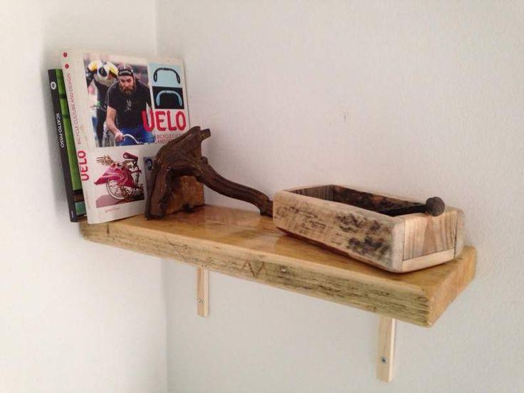 oltre 25 fantastiche idee su mensola in legno di recupero su ... - Mensole Con Legno Vecchio