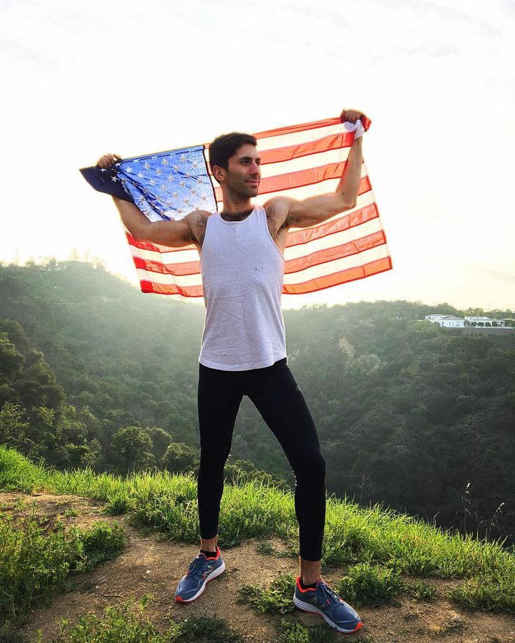 "Nev Schulman on Instagram: ""You don't have to be running for president to be a leader. I'm training for the Pittsburgh marathon & partnering with @gnclivewell to promote a healthy lifestyle. #RunWithNev #partner"""