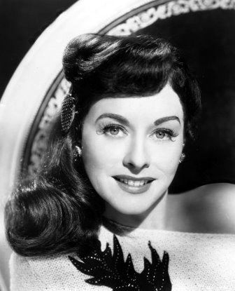 Paulette Goddard. I have no words for how much I adore her & her films.