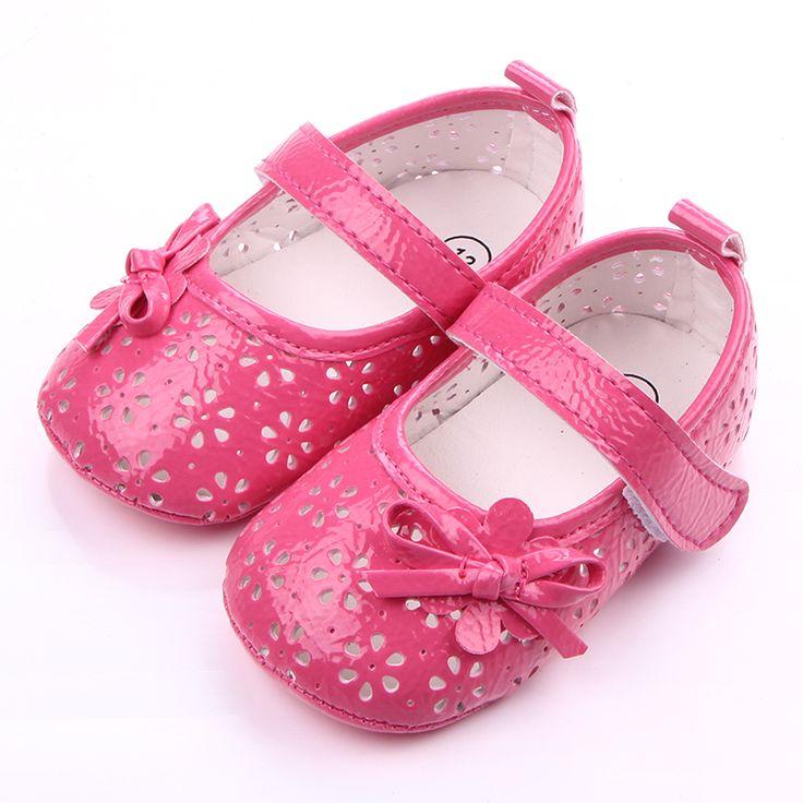 2016 New Design Fretwork Prewalker Baby Girl Shoes