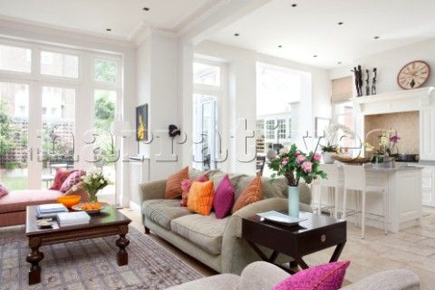 kitchen open to family room | RS093_11: Open plan living room and kitchen with exten - Narratives ...
