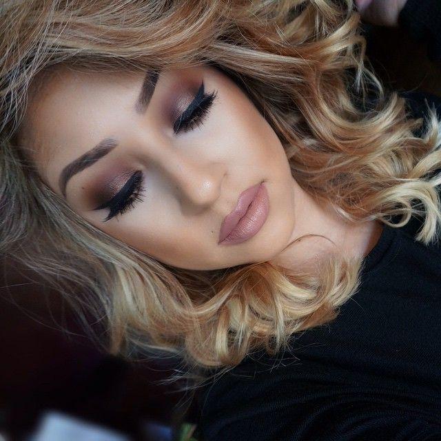 Hairstylist and makeup artist! @jessiemarieward follow me on Instagram @Beauty_Babe4u