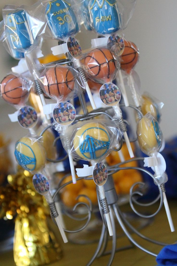 Hella cute cake pops for a DubNation party!