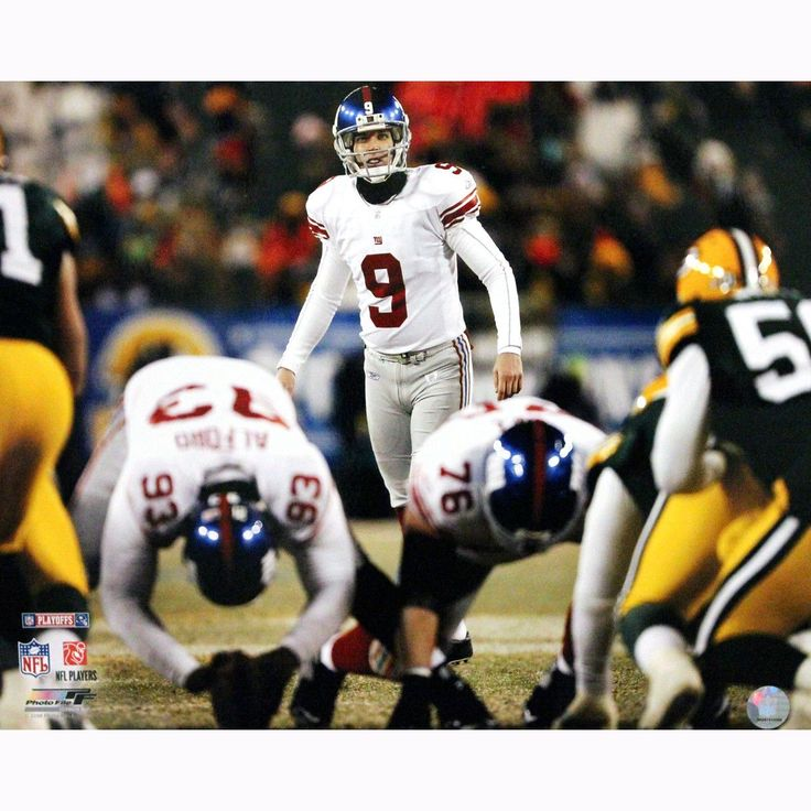 Lawrence Tynes Lining up for Kick vs Green Bay 16x20 Photo - This is an Lawrence Tynes 16x20 photograph. Gifts > Collectibles > Nfl Memorabilia. Weight: 1.00