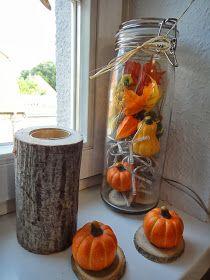 Eulenfenster - Herbstdekoration      Für  den Herbst gibt es in diesem Jahr eine besondere Eulendekoration für's  Küchenfenster. Diesmal u...
